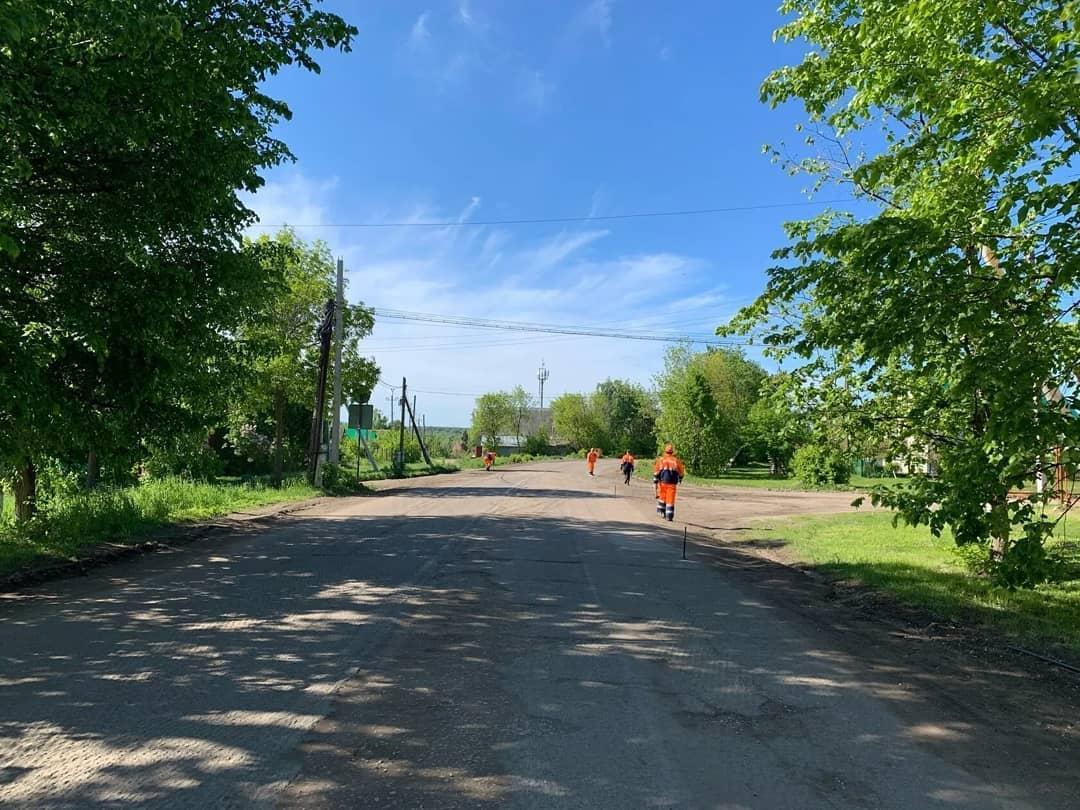 На улице Мичурина в Петровске проводится ремонт дорожного покрытия: водителей просят выбирать альтернативные пути движения