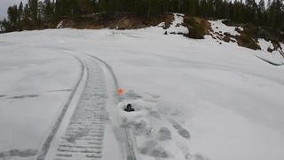 Весенняя рыбалка по последнему льду на водохранилище / Spring fishing on the last ice