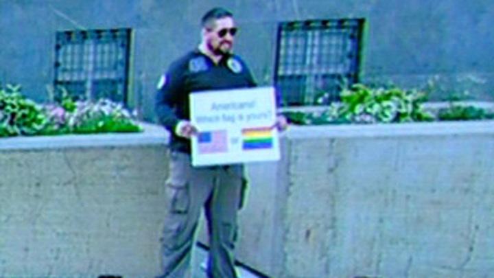 Такая гордость нам не нужна россияне отрицательно отреагировали на ЛГБТ акцию месяц прайда