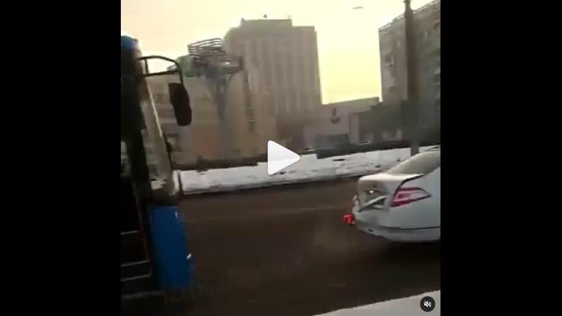 Новый автобус попал в ДТП