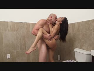 Veronica Rodriguez Squirts Everywhere