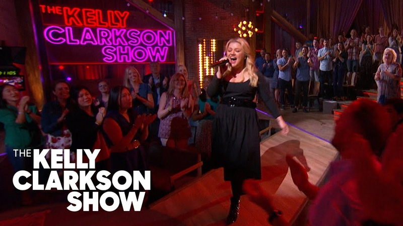 Kelly Clarkson - Bad Romance (Lady Gaga Cover) | Kellyoke | The Kelly Clarkson Show