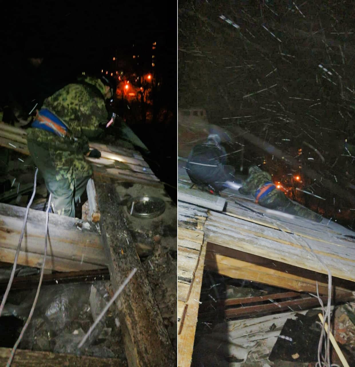 Оперативно починили кровлю на Гагарина, 11 после шквального ветра