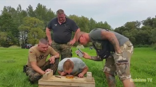 Сюрстрёмминг Surströmming Сюштрёммин Немецкие солдаты пробуют схавать шведскую вкусняшку