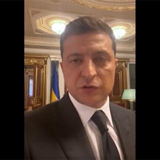 Зеленский удалил пост с видео, которое от него требовал луцкий террорист [видео]