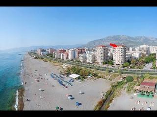 Coastal Penthouse Apartment For Sale in Alanya Mahmutlar