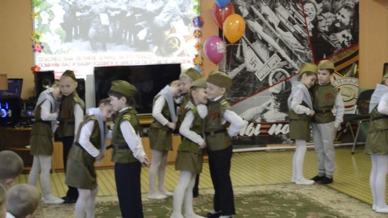 Танец Военное попурри танцевальная группа Колокольчики детсад п. Мостовик