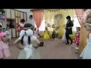 Танец с картошкой  муз рук  Костылева Елена Павловна 2019