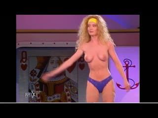 Mediaset Extra - Colpo Grosso. Стриптиз. Много голых девушек. Большие сиськи. Публичное обнажение. Частное домашнее порно (141)