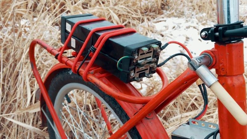 Велосипед КАМА с мотором электро и лифер зимой