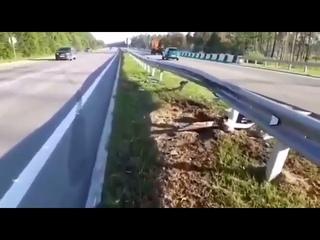 Житель Усть-Илимска погиб, врезавшись в дорожное ограждение на Chevrolet Aveo вблизи Ангарска