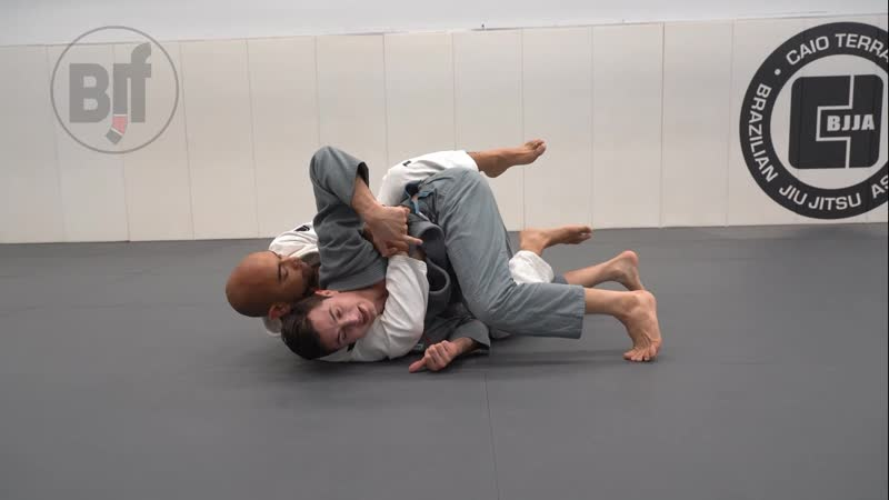 Caio Terra - BACK DEFENSE – SIDE LOAD TO KNEE SLIDE PASS