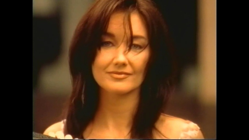 Lari White Travis Tritt Helping Me Get Over You Official Video