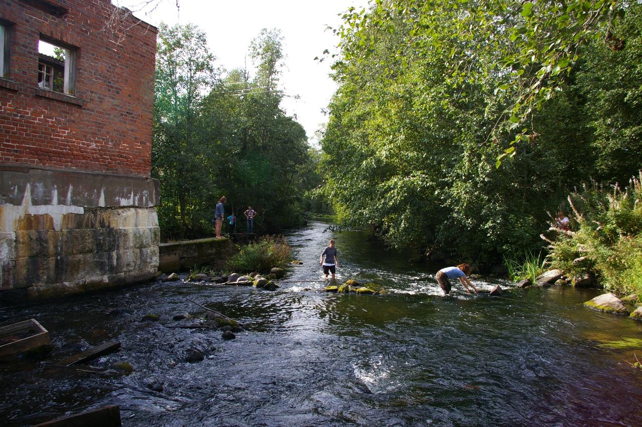 Поход от станции Отрадное. Развалины финской ГЭС на красивой реке Пионерке.