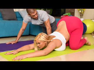 Julie Cash - Julie's Seductive Yoga  All Sex Blowjob Big Tits Ass Blowjob Doggystyle Cowgirl Brazzers Porn Порно