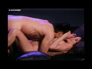 Erika Anderson, Kiara Hunter, Gabriella Hall, Kate Rodger, Lee Anne Beaman Nude - Club V.R. (1996) Watch Online