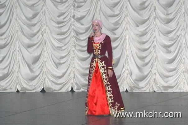 женщины мухайе ахмадовна арамиль картинка каждой серьге