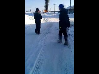 В с. Хамагатта Намского района сгорел и взорвался УАЗ-Патриот рыбаков