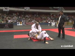 MUNDIAL ROCKSTRIKE 2012 - Tarsis Humphreys vs Rodolfo Vieira