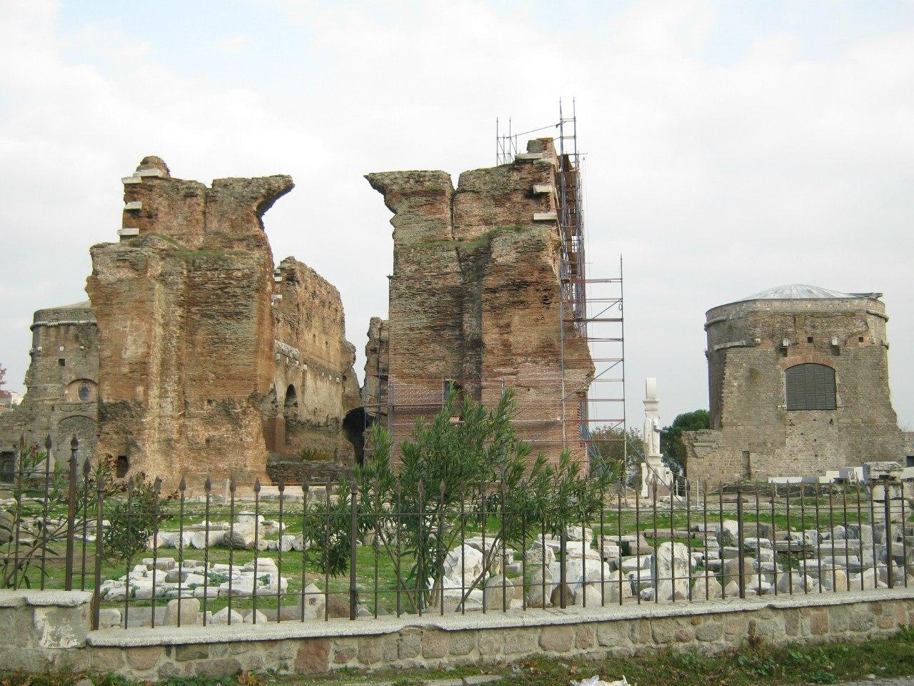 Красная базилика в Бергама