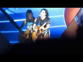 [HD] 150509 Demi Lovato - Don't Forger + Catch Me @ YAN Beatfest 2015 in Vietnam