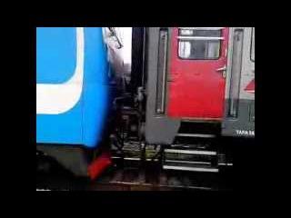 Поезд Екатеринбург - Симферополь (Утренняя Лихая 2 +смена локомотива)