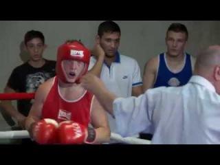 Боксерский супер  поединок Хоцановский Павел- Роман Маркарян