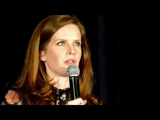 Rebecca Mader (Bex)! Vancouver OUAT con 2017