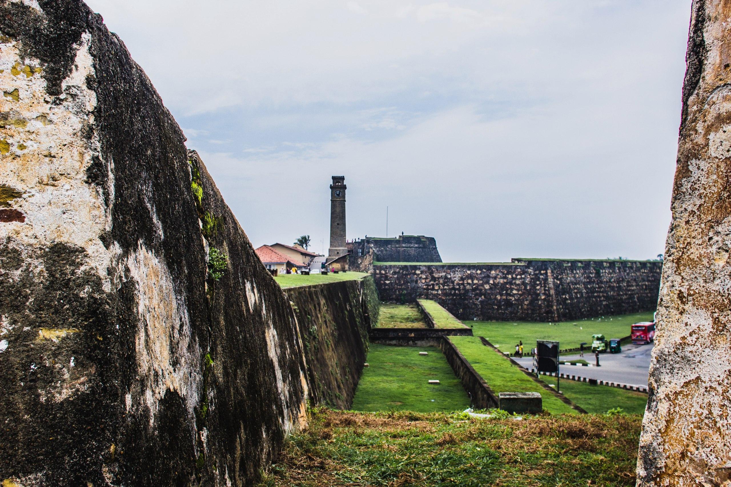 Форт Галле, вид на главный вход