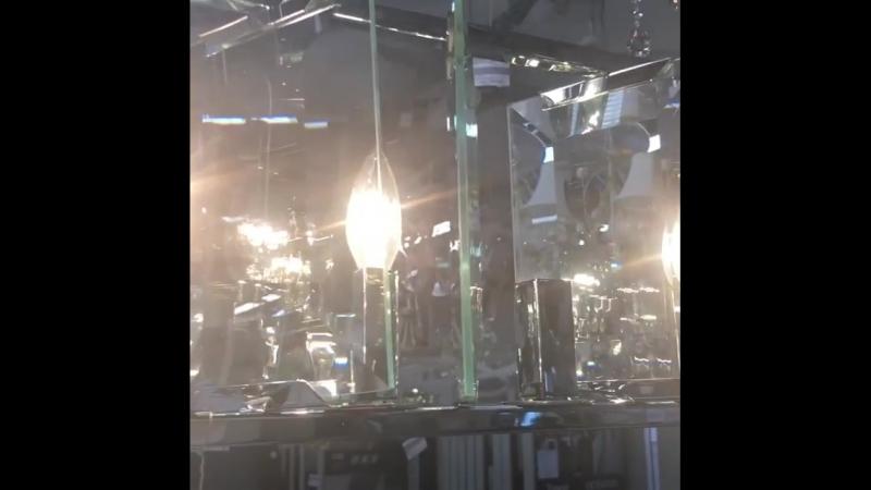 Подвесной светильник CerezoMOD202PL 07NКаркас из металла Плафон выполнен из стеклянных пластин скрепленных между собой Мин