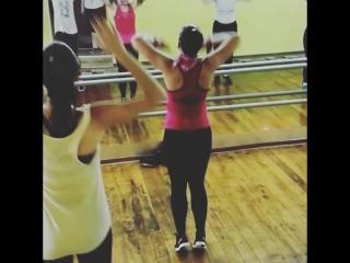 тренировка, секси аэробика,  танцевалка в фитнес клубе Пантера