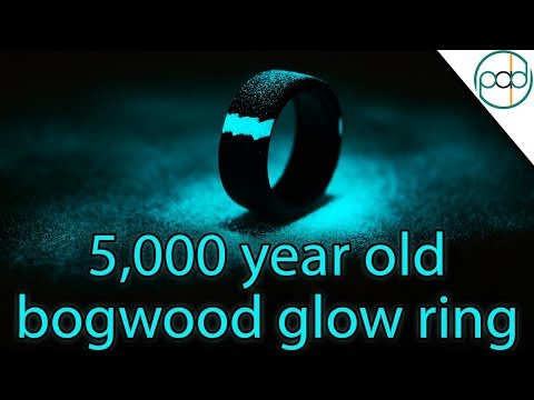 Making a 5000 Year Old Bogwood Glowring with a Carbon Fiber Liner