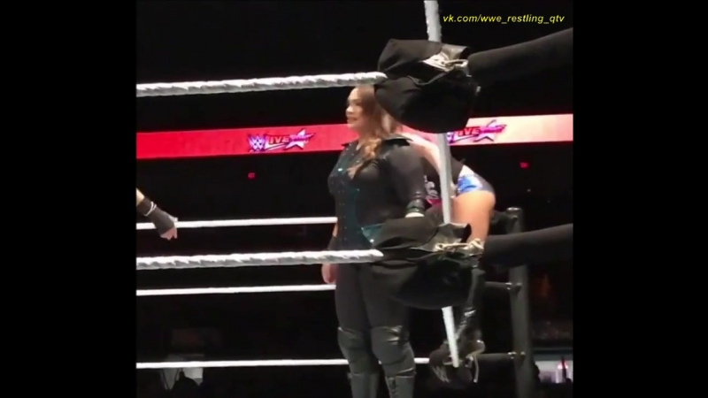 WWE QTV ☆ Live Alexa Bliss Nia Jax Vs Bayley Sasha Banks