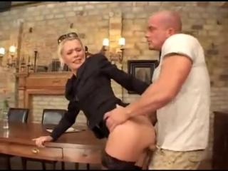 ТОП Порно , хоть и старое , жестко трахнул блондинку на собеседовании