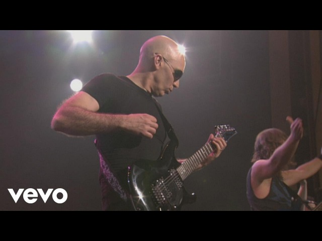 Joe Satriani Crowd Chant from Satriani LIVE