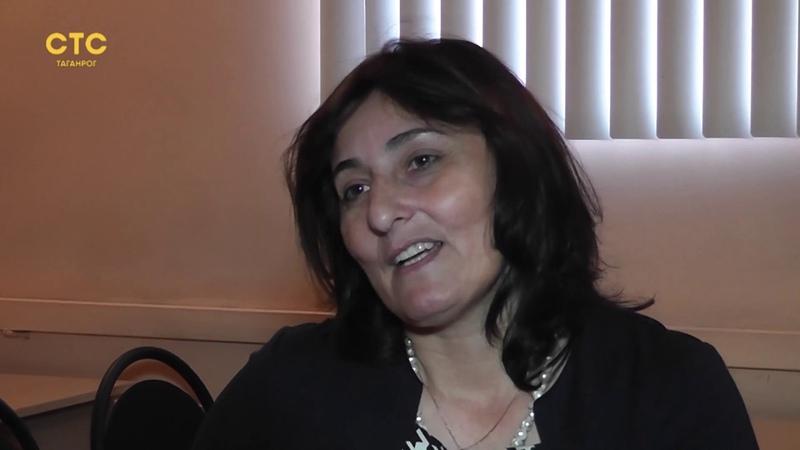 Достойны внимания Педагог психолог Сенильга Бартенева оказывает помощь особенным детям