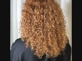 Совет от Елены Зотовой. «Сегодня пост для обладательниц натуральных кудрявых волос» Из-за особенности строения вьющиеся локоны о