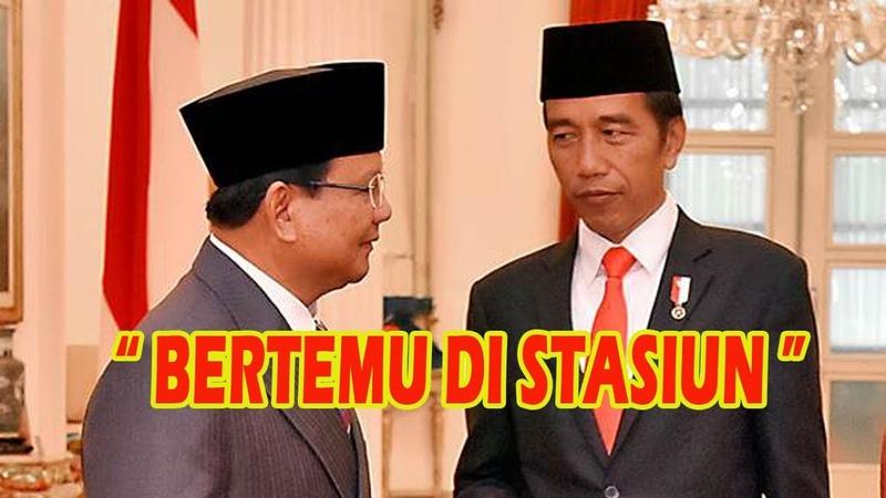 Jokowi dan Prabowo Bersalaman di Stasiun MRT Lebak Bulus