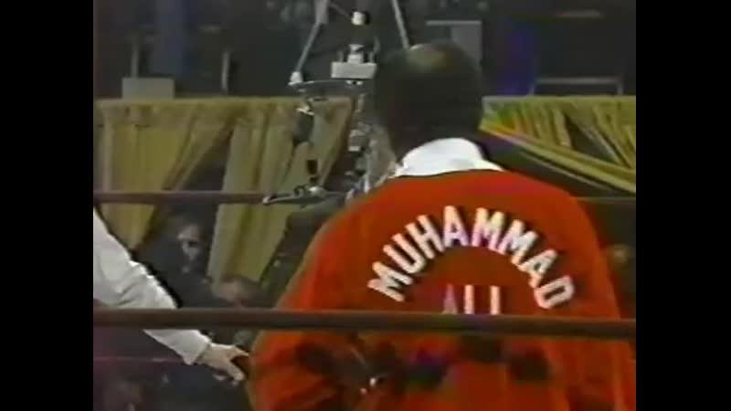 Флойд Паттерсон vs Мохаммед Али (полный бой) [20.09.1972]