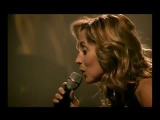 Зал поёт Je t'aime Лары Фабиан