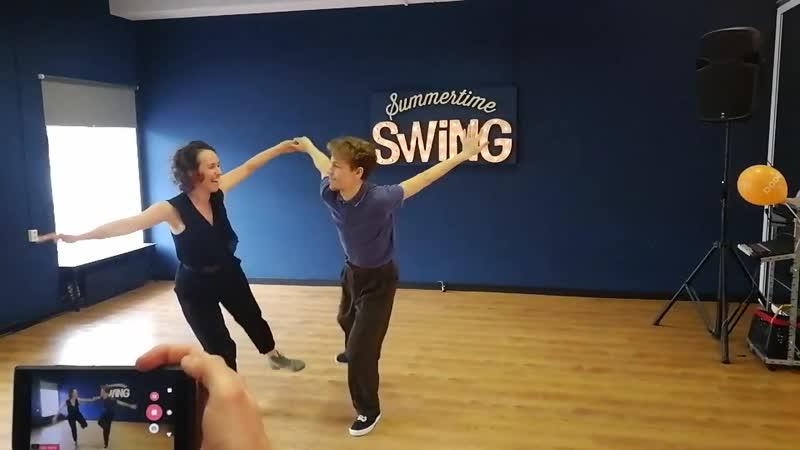 Summertime Swing: Кир Родионов и Женя Златина