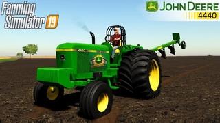 Farming Simulator 19 - JOHN DEERE 4440 PULLER Plowing Field