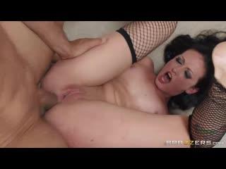 Дикий анальный секс Hailey Young с Ramon жесткая ебля в жопу попу анал сраку голодной мамочки порно секс очко разрыв порево мама
