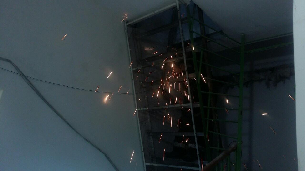 Ремонт лестницы выхода на кровлю улица Профсоюзная