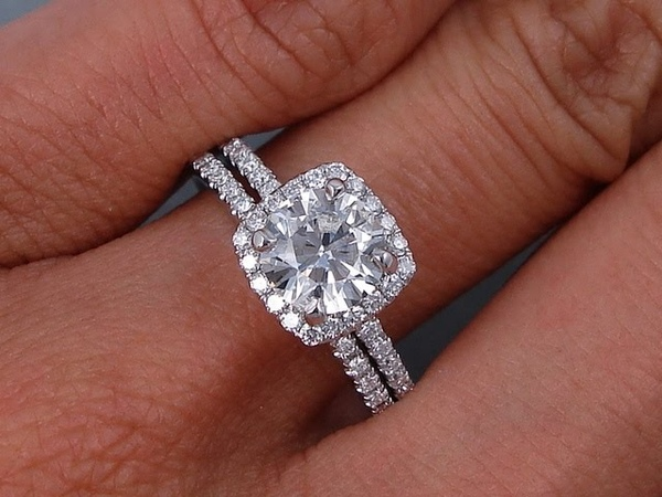 1.30 ctw Engagement Ring and Wedding Band Set - BigDiamondsUSA