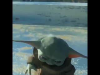 baby yoda gets a cupcake
