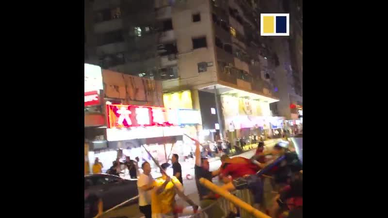 Титушек опи*дюлили в Гонконге