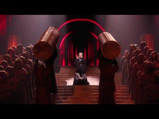 Madonna в роли Ковида 2019