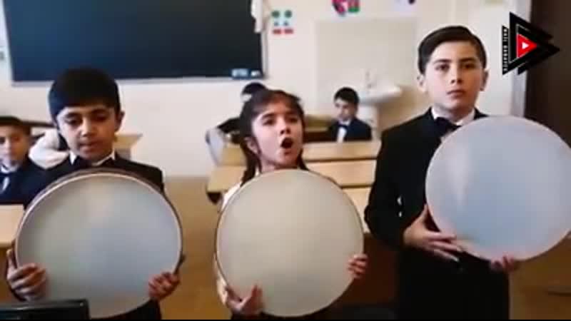 Ağdam rayon Gülablı kənd Uşaq Musiqi Məktəbinin müəllim və şagirdlərindən gözəl ifa!