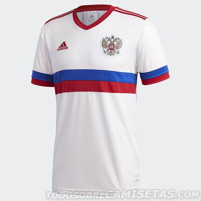 Гостевая игровая форма сборной России по футболу 2020/21